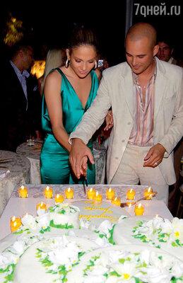 Дженнифер Лопес бросила второго мужа — Криса Джадда — через четыре месяца после свадьбы