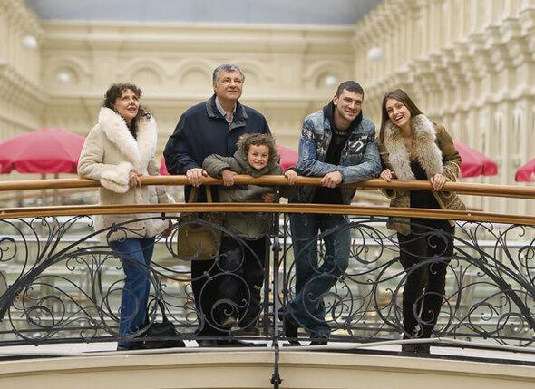 Я и моя семья — мама, папа,  племянник Давид и брат Данечка. Даню мы потеряли, когда ему было всего 27