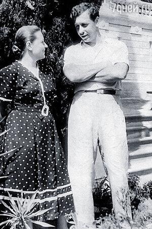 Анатолий Папанов и Надежда Каратаева