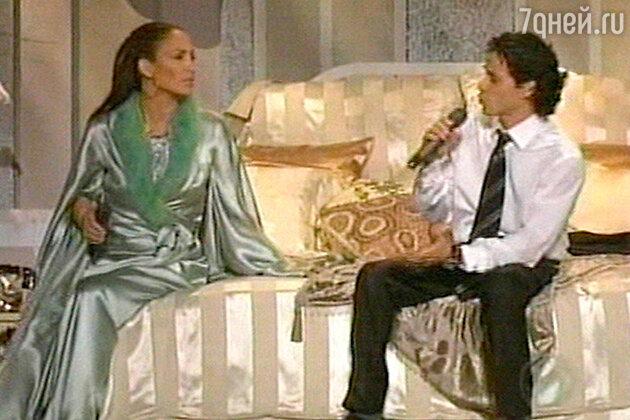 Выступление Дженниффер вместе с мужем на престижной музыкальной церемонии «Грэмми». Февраль 2005 г. Лос-Анджелес