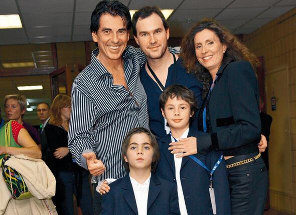 Дидье Маруани, его жена Рима и сыновья Себастьян, Кристофер и Рафаэль