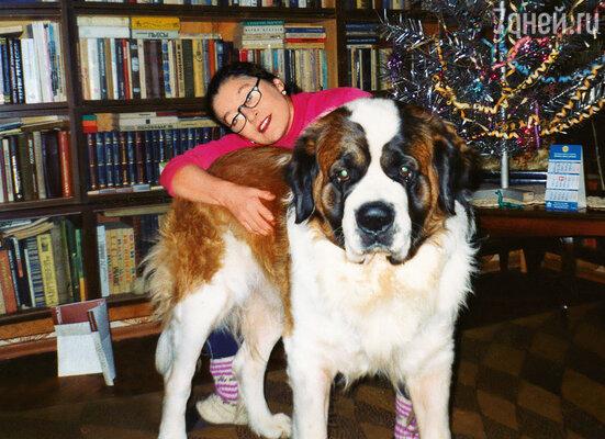 «Обожаю больших собак».  С сенбернаром Артемом