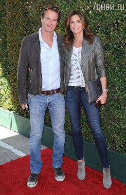 Синди Кроуфорд с мужем Рэнди Гербером. 2013 г.