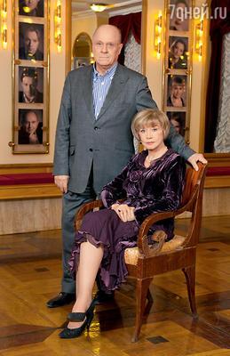 Разлука на несколько лет пошла напользу браку Владимира Меньшова и Веры Алентовой — в этом году они отпразднуют золотую свадьбу