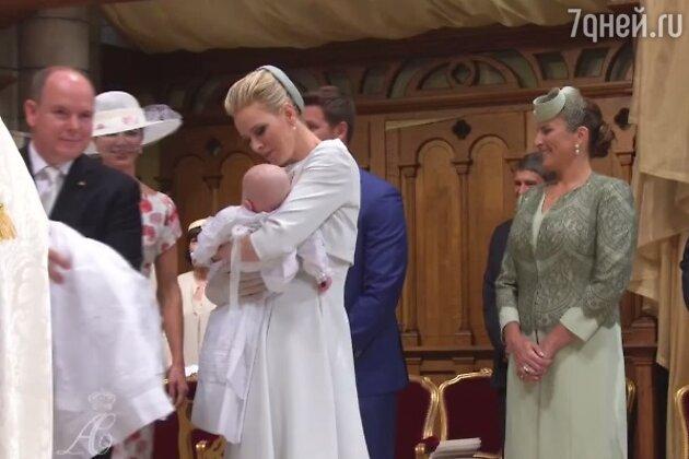 Князь и княгиня с детьми