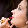 Соблазнительный объем губам придала помада Diorific 950 Splendor рубиново-красного цвета.