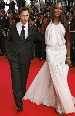 В 2008 году на красной дорожке Каннского фестиваля Роканкур появился под руку с Наоми Кэмпбелл