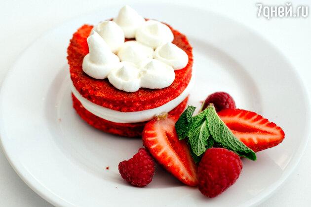 Пирожное «Красный бархат»: рецепт от бренд-шефа Дмитрия Снурницина