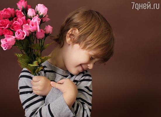 В  День святого Валентина принято дарить женщинам розы