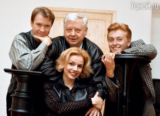 Табаков и его воспитанники: Евгений Миронов, Марина Зудина, Сергей Безруков (начало 90-х)