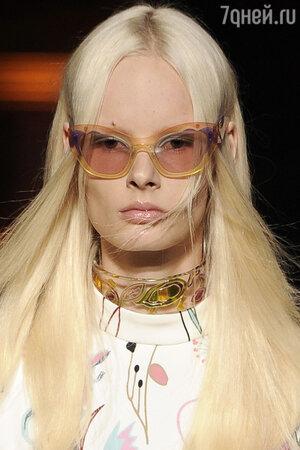 Cолнцезащитные очки  Miu Miu