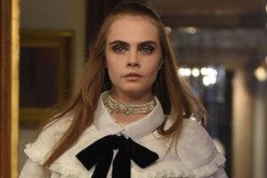 Показ Chanel в Зальцбурге: твидовый пиджак и тирольские мотивы