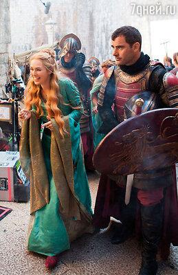 После долгих кастингов, в которых участвовали самые именитые актрисы, на роль королевы Серсеи Ланнистер в «Игре престолов» утвердили Лину Хиди