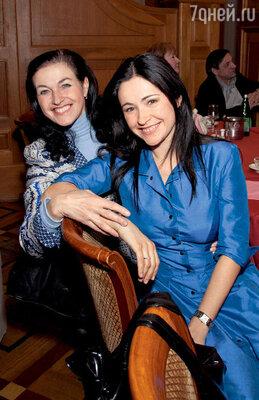 Любовь Тихомирова с мамой Еленой