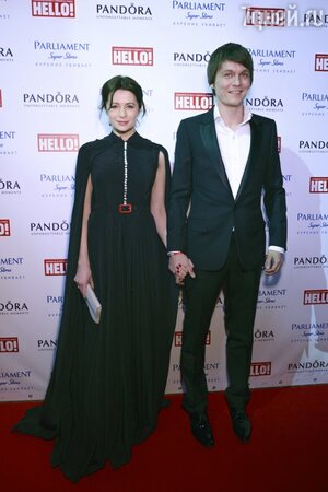 Оксана Фандера c Филиппом Янковским на церемонии вручения премий «Самые стильные в России» по версии журнала «Hello!»
