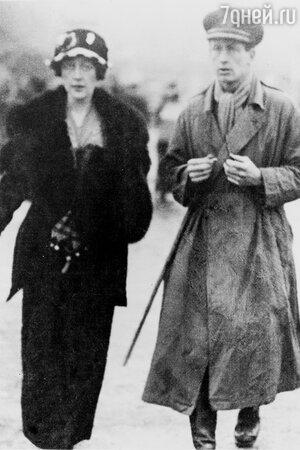 Агата Кристи и ее первый муж Арчибальд Кристи (1919 год)