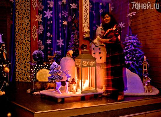 Декораторы с радостью откликнулись на просьбу украсить сказочный терем в Деда Мороза в Великом Устюге и сделать северное жилище по-настоящему уютным