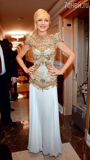 Кристина Орбакайте на праздничном шоу известного российского модельера. 2014 г.