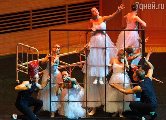 В культурной жизни столицы состоялось уникальное событие — закрытая мировая премьера балета «Dances of angels. Queen the ballet»