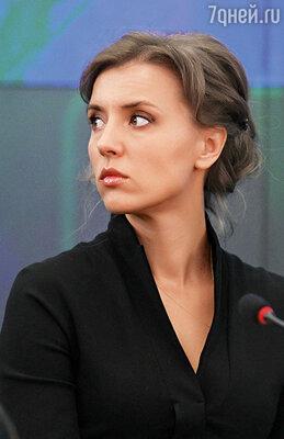 «Роман у Егора был серьезный. Ксюша в церковь ходила, отмаливала мужа. Слава Богу, ей удалось сохранить семью», — призналась мне Ира