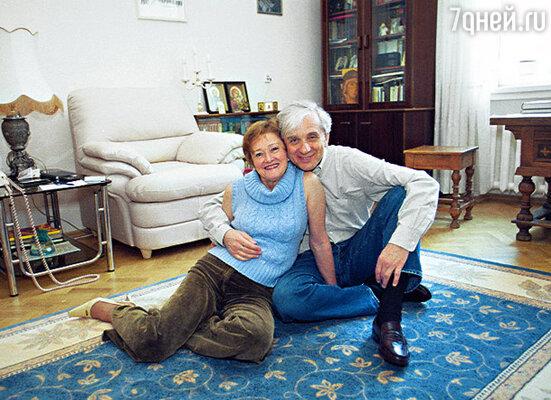 С женой Таней мы познакомились в 1971 году и с тех пор вместе
