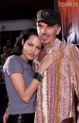 Со вторым мужем Билли Бобом Торнтоном. 2000 г.