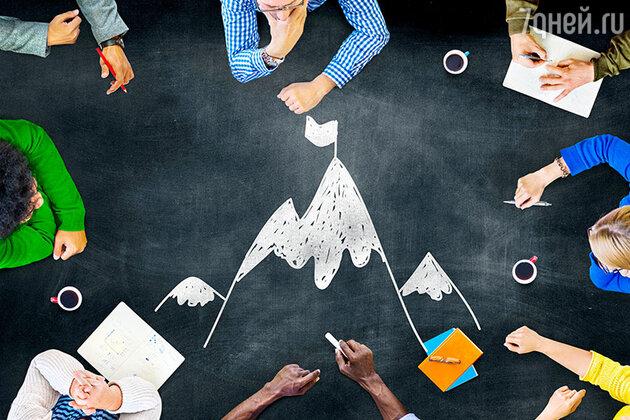 Ходите на тренинги, встречи, открытые уроки. Найдите места, где общаются и знакомятся целеустремленные люди и идите туда