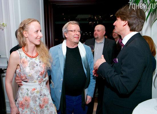 Виктор Ерофеев с супругой
