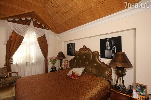 Спальня Анны Плетневой