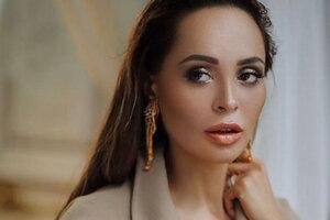 Анна Калашникова изменила у косметолога форму лица