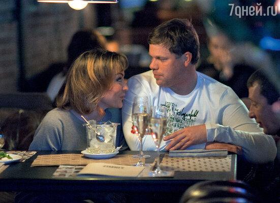 Несмотря на громкие заявления оразводе, Татьяна иВладислав невыглядят как непримиримые враги