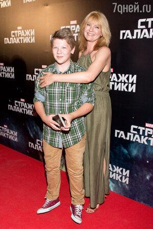 Анна Ардова с сыном Антоном