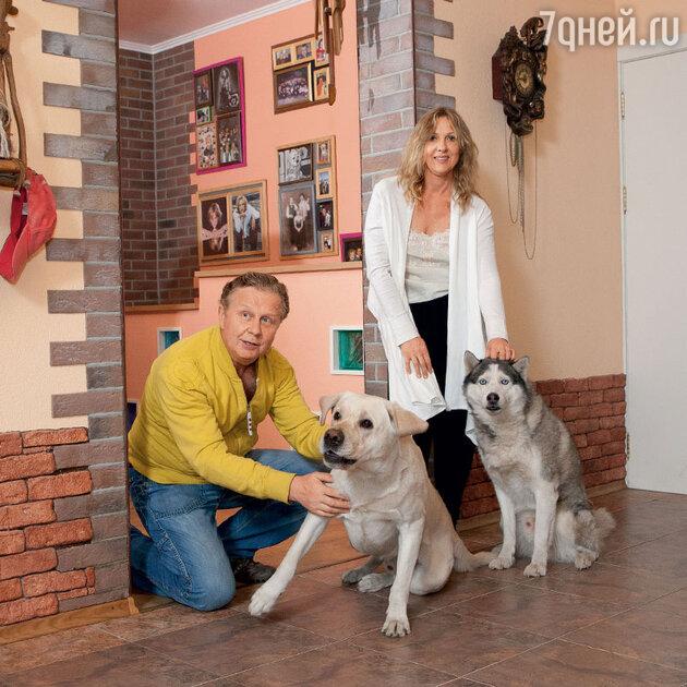 Елена Яковлева с мужем Валерием Шальных
