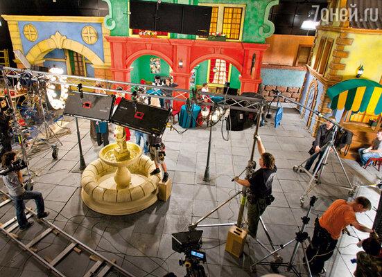 Новогодний «Золотой ключик» снимают в павильонах новой киностудии Северной столицы «РВС-Санкт-Петербург»