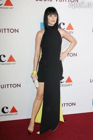 Кэти Перри в Versace