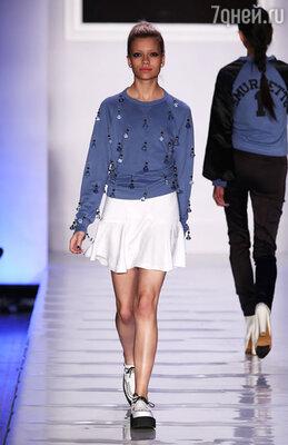 Коллекция одежды «Le Look Smurfette» вдохновлена Смурфеттой — единственным женским персонажем-смурфиком