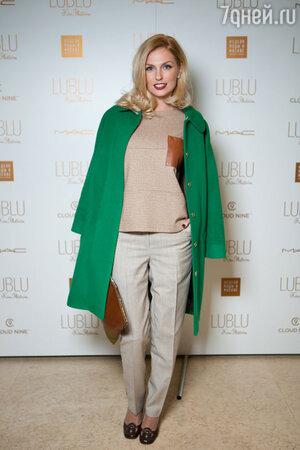 Александра Савельева на модном показе LUBLU Kira Plastinina