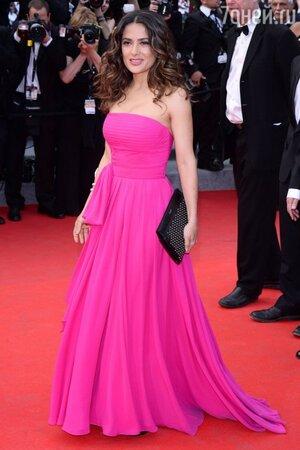 Сальма Хайек в Saint Laurent на премьере фильма «Сен-Лоран» в рамках 67-го Каннского кинофестиваля