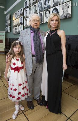 Олег Табаков и Марина Зудина с дочерью