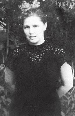Мама Ольга Александровна Каменкова-Павлова. 1954 г.