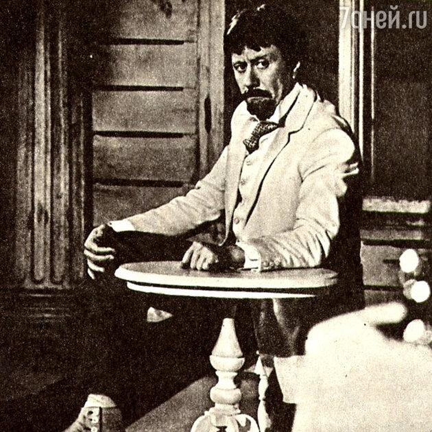 Андрей Миронов в спектакле «Вишневый сад»