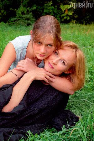 Мария Машкова с матерью Еленой Шевченко