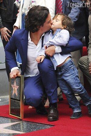 Орландо Блум с сыном Флинном