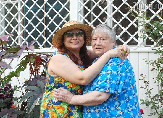 Мама была моим самым близким человеком на свете и самой дорогой и единственной  подругой