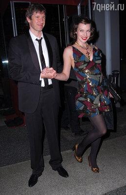 На традиционной вечеринке Элтона Джона после церемонии «Оскар». 2010 г.
