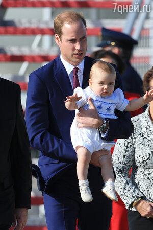 Принц Джордж с отцом принцем Уильямом
