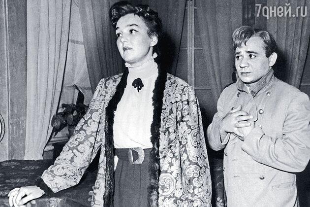 Евгений Леонов и Татьяна Семичова