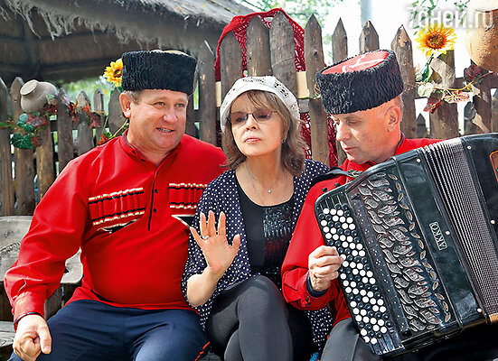 У Тамары Семиной оказалось немало поклонников среди казаков