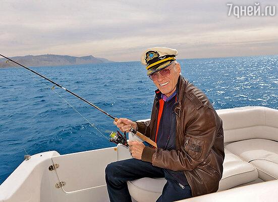 Когда в Анапе распогодилось, Борис Щербаков отправился на рыбалку