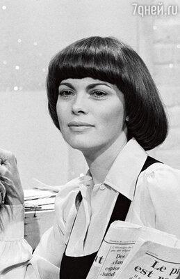 Видал Сассун божественно постриг французскую певицу Мирей Матье